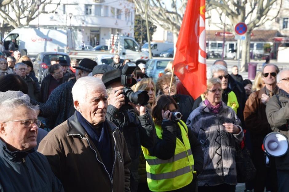 Manifestation pour défendre l'ouverture des locaux de la Sécu à Tarascon